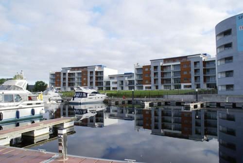 Jolly Mariner Apartments